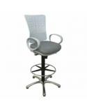 Stolička pre líčenie